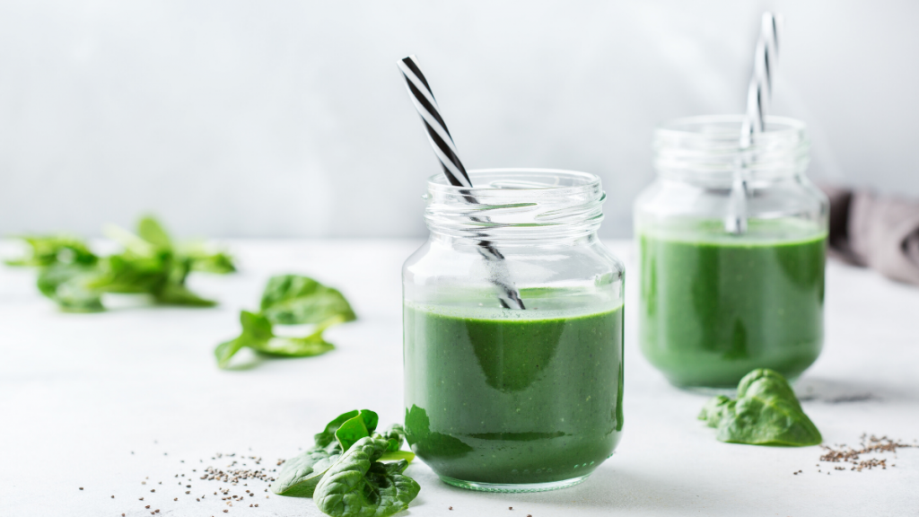 Superfood spinach and collagen protein-rich green smoothie.